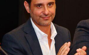 Ente Teatro: L'uscita di scena del presidente Luciano Fiorino